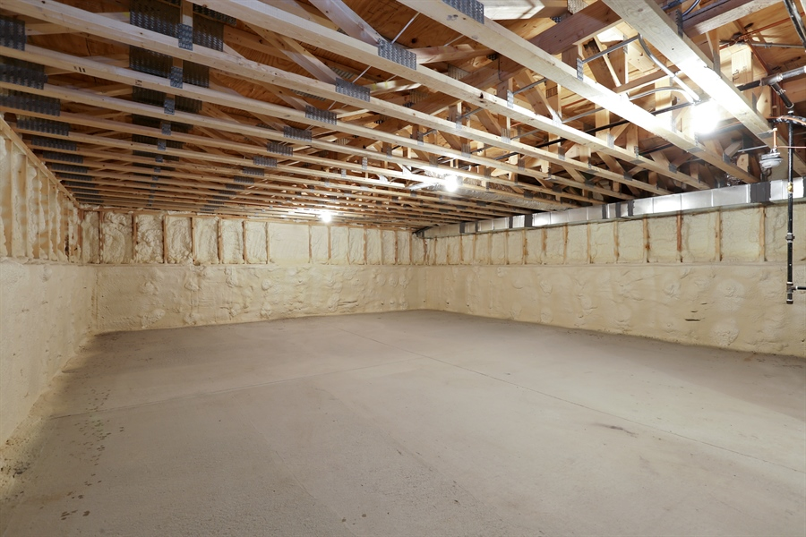 Real Estate Photography - 6108 N Wolcott, Chicago, IL, 60660 - Basement