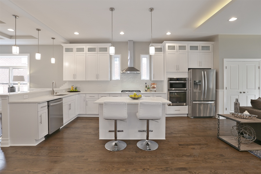 Real Estate Photography - 6108 N Wolcott, Chicago, IL, 60660 - Kitchen