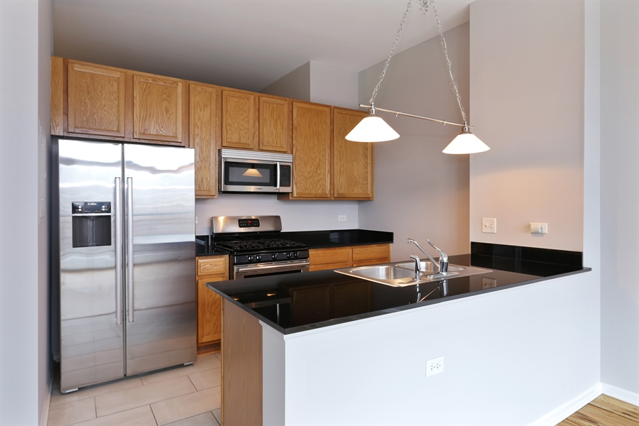 Real Estate Photography - 340 W Superior St, 1106, Chicago, IL, 60654 - Kitchen