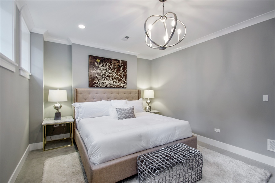 Real Estate Photography - 707 W Buckingham, Unit 1W, Chicago, IL, 60657 - Master Bedroom