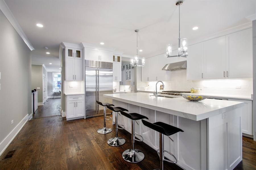 Real Estate Photography - 707 W Buckingham, Unit 1W, Chicago, IL, 60657 - Kitchen