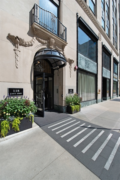 Real Estate Photography - 118 E Erie, unit 38 L, Chicago, IL, 60611 - Front View