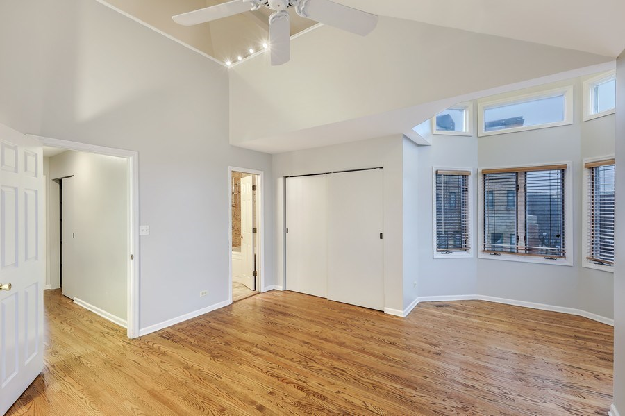 Real Estate Photography - 1251 W Fletcher L, Chicago, IL, 60657 - Master Bedroom