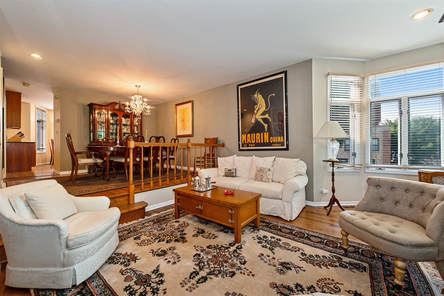 Real Estate Photography - 1251 W Fletcher L, Chicago, IL, 60657 - Living Room / Dining Room