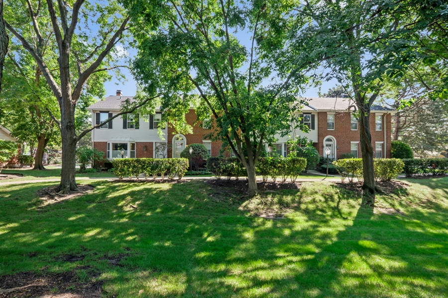 Real Estate Photography - 9025 Lincolnwood, Evanston, IL, 60203 - Front View