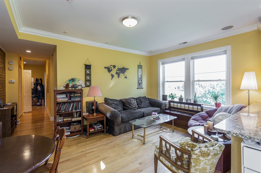 Real Estate Photography - 6511 N Oakley Ave, chicago, IL, 60645 - Living Room