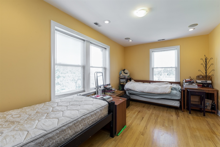 Real Estate Photography - 6511 N Oakley Ave, chicago, IL, 60645 - Master Bedroom