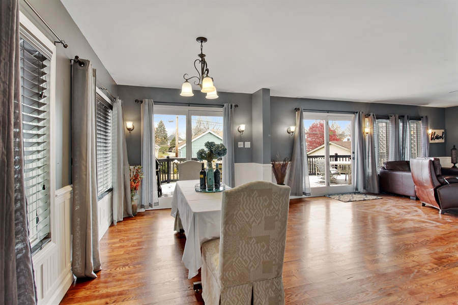 Real Estate Photography - 426 Gierz, Downers Grove, IL, 60515 - Breakfast Nook