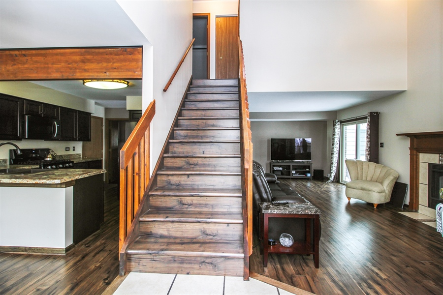 Real Estate Photography - 9323 Wherry, Orland Park, IL, 60467 - Foyer