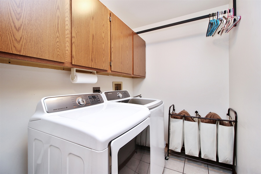 Real Estate Photography - 9323 Wherry, Orland Park, IL, 60467 - Laundry Room