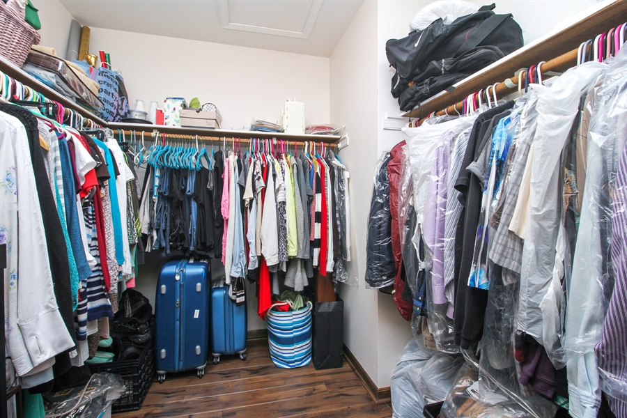 Real Estate Photography - 9323 Wherry, Orland Park, IL, 60467 - Master Bedroom Closet