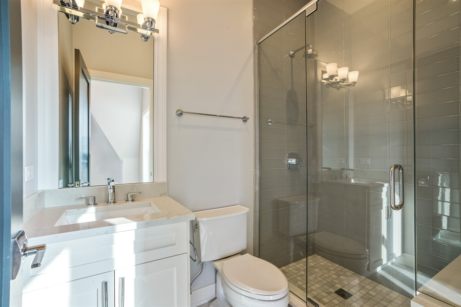 Real Estate Photography - 1630 Warren, Unit 2, Chicago, IL, 60612 - 2nd Bathroom