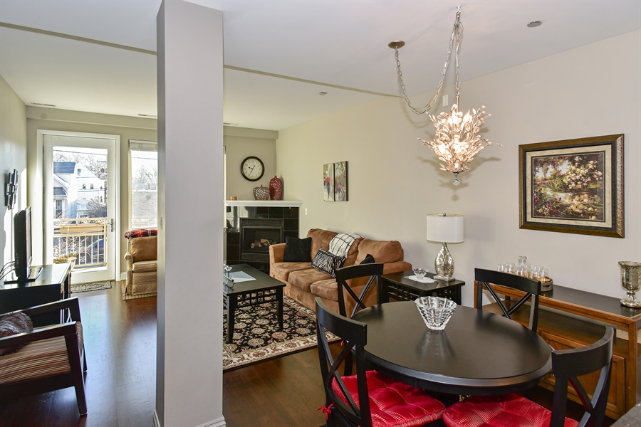 Real Estate Photography - 4950 N Western, Unit 2D, Chicago, IL, 60625 - Living Room / Dining Room