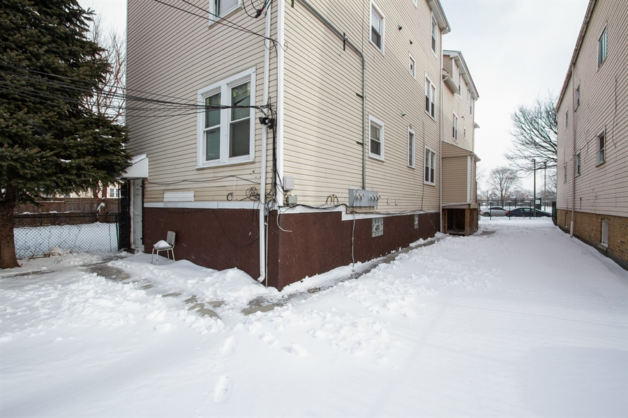 Real Estate Photography - 8322 S Houston Ave, Chicago, IL, 60617 - Side View