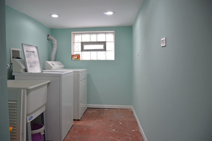 Real Estate Photography - 3511 N Normandy, Chicago, IL, 60634 - Laundry Room
