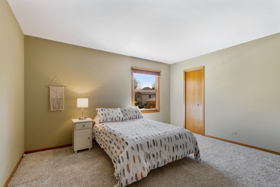 Real Estate Photography - 922 Krista Ct, Palatine, IL, 60074 - 4th Bedroom