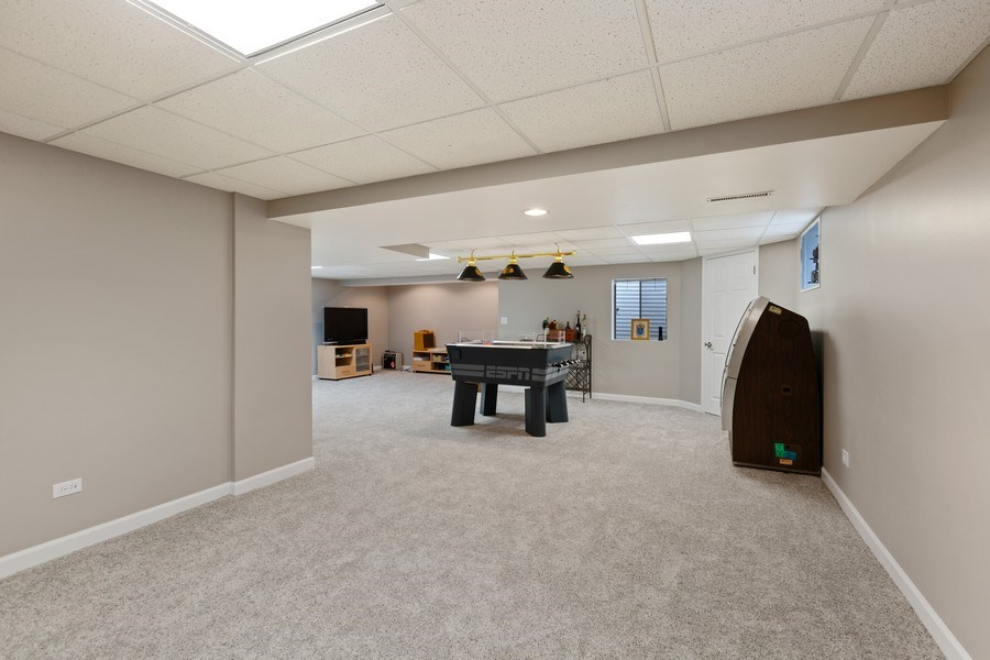 Real Estate Photography - 922 Krista Ct, Palatine, IL, 60074 - Recreational Room