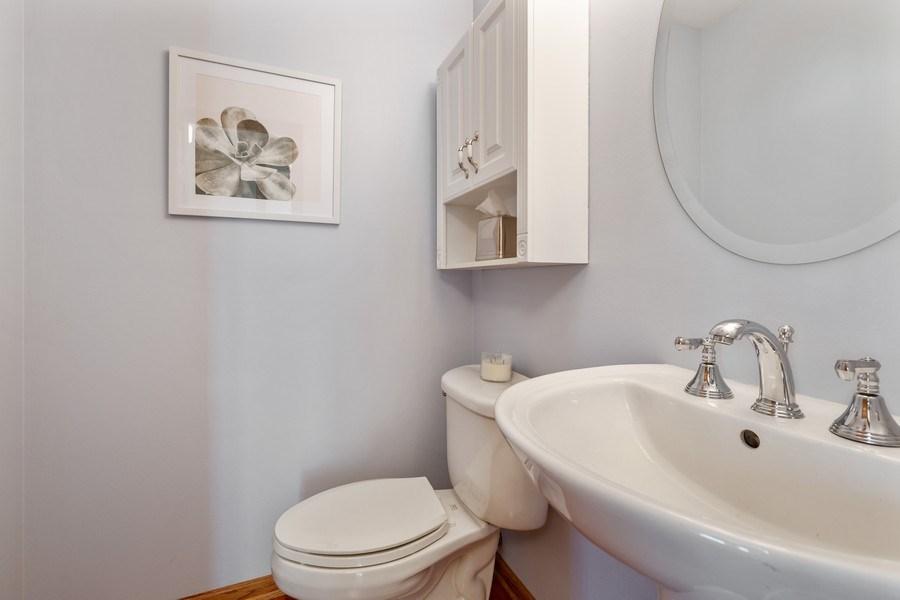 Real Estate Photography - 922 Krista Ct, Palatine, IL, 60074 - Powder Room