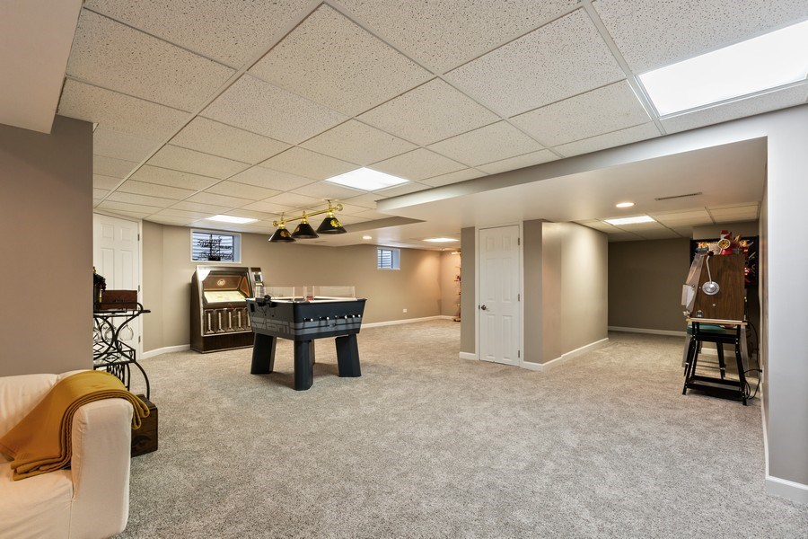 Real Estate Photography - 922 Krista Ct, Palatine, IL, 60074 -