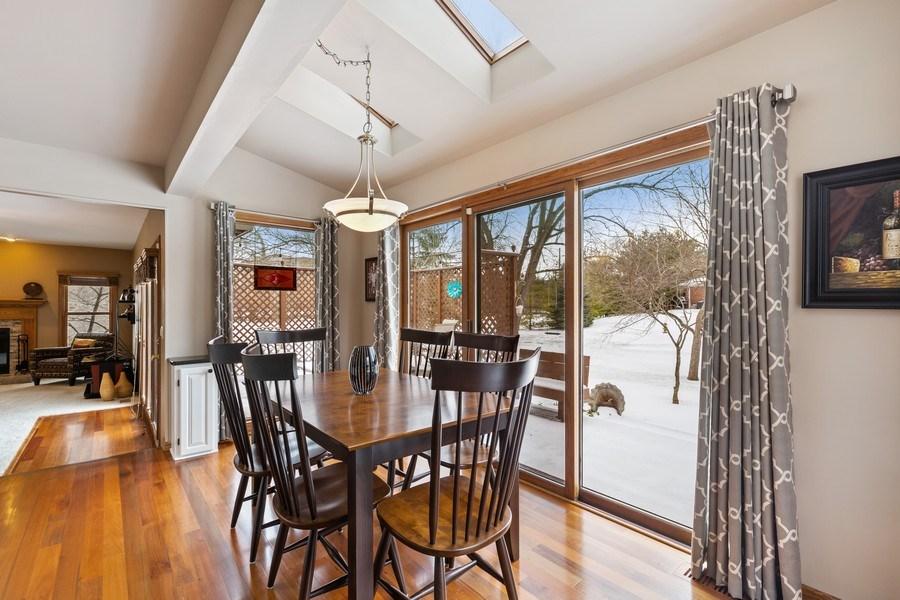 Real Estate Photography - 922 Krista Ct, Palatine, IL, 60074 - Breakfast Area