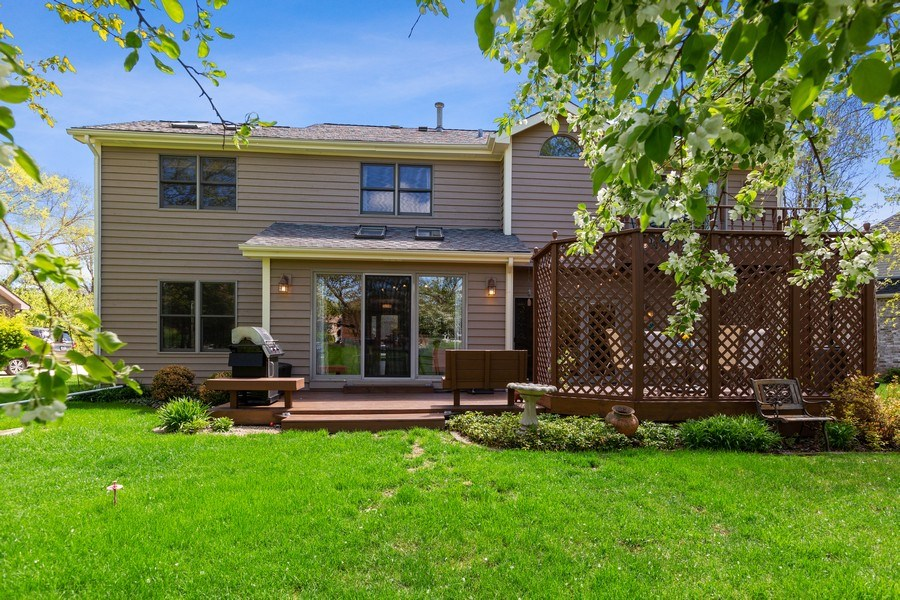 Real Estate Photography - 922 Krista Ct, Palatine, IL, 60074 - Rear View