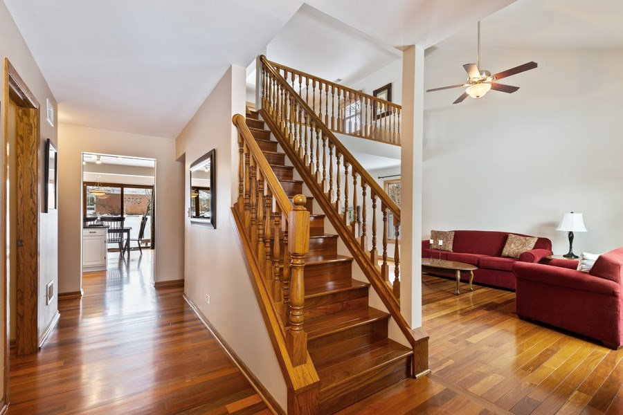 Real Estate Photography - 922 Krista Ct, Palatine, IL, 60074 - Staircase