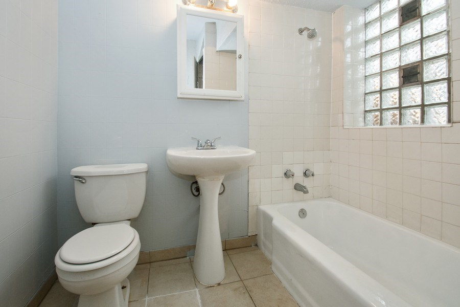 Real Estate Photography - 5702-04 W 65thS, Chicago, IL, 60638 - Bathroom