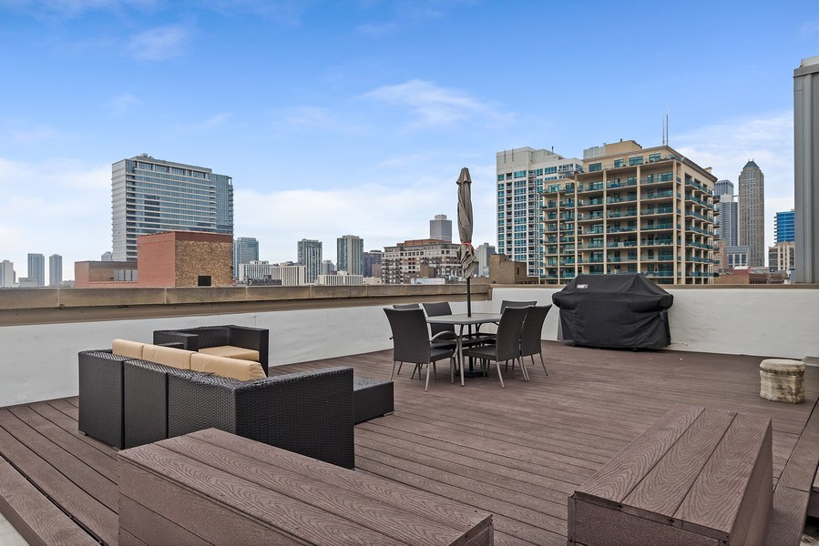 Real Estate Photography - 415 W Superior, Unit 200, Chicago, IL, 60654 - Private Roof Deck