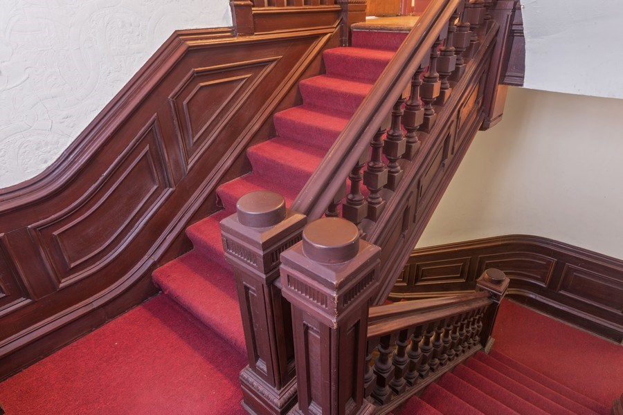 Real Estate Photography - 1900 S Prairie Ave, Chicago, IL, 60616 - Staircase