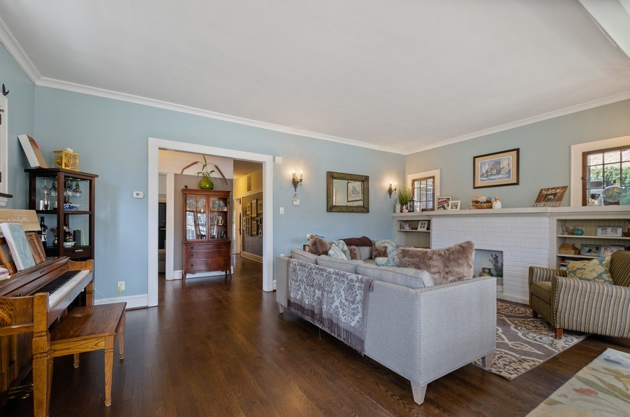 Real Estate Photography - 6942 N Oriole, Chicago, IL, 60631 - Living Room