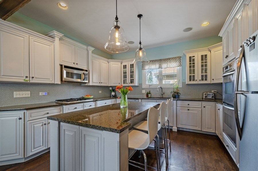 Real Estate Photography - 6942 N Oriole, Chicago, IL, 60631 - Kitchen