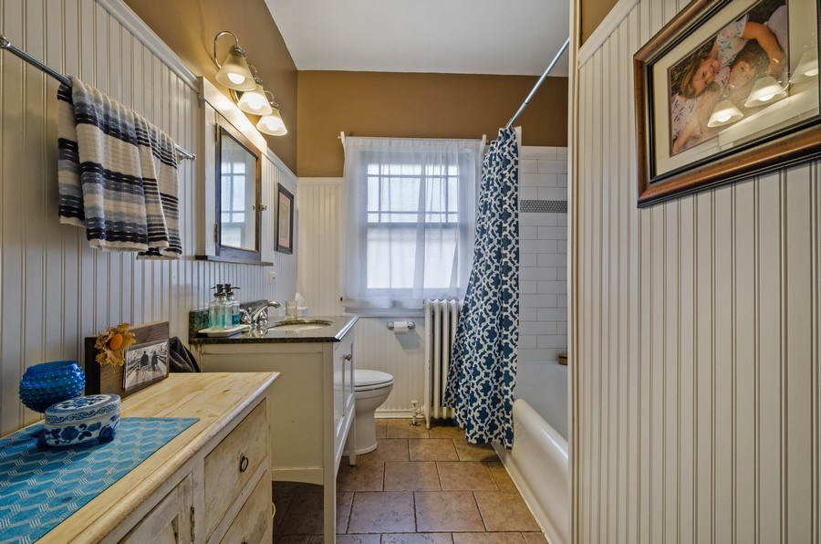 Real Estate Photography - 6942 N Oriole, Chicago, IL, 60631 - 2nd Bathroom