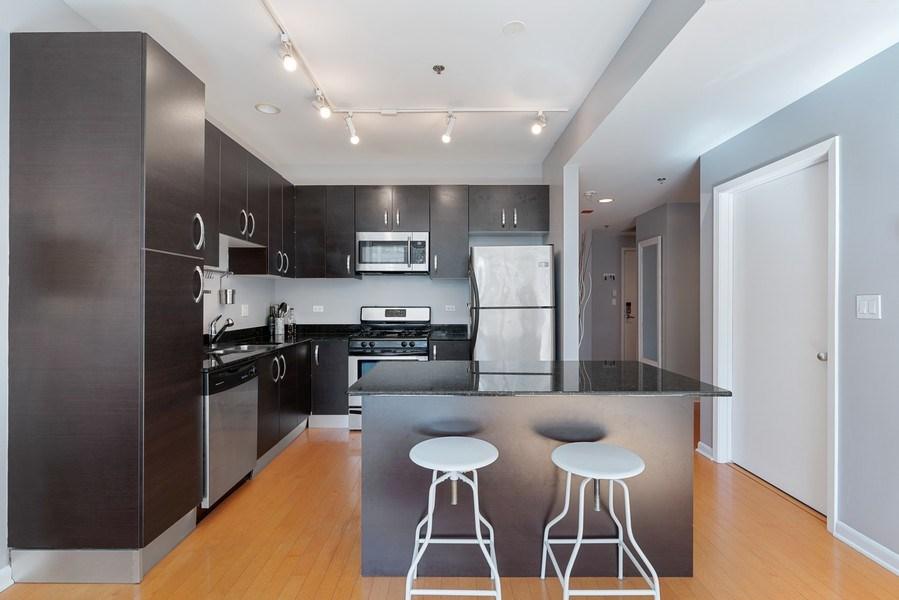 Real Estate Photography - 225 S Sangamon, Unit 402, Chicago, IL, 60607 - Kitchen