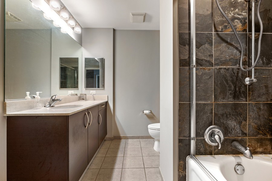Real Estate Photography - 225 S Sangamon, Unit 402, Chicago, IL, 60607 - Bathroom