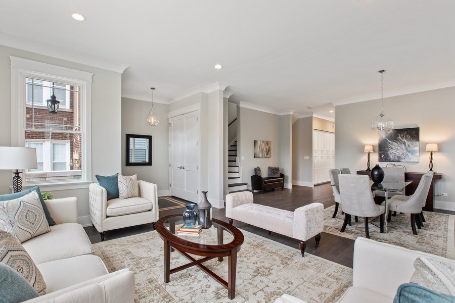 Real Estate Photography - 1700 W Thorndale, Chicago, IL, 60640 - Living Room
