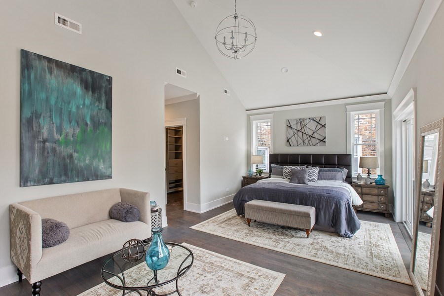 Real Estate Photography - 1700 W Thorndale, Chicago, IL, 60640 - Master Bedroom