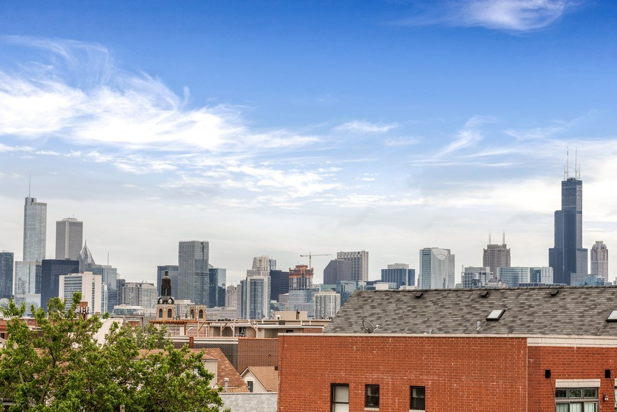 Real Estate Photography - 1708 W North Ave, C4, Chicago, IL, 60614 - View