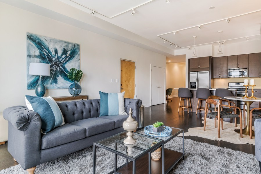 Real Estate Photography - 1708 W North Ave, C4, Chicago, IL, 60614 - Living Room