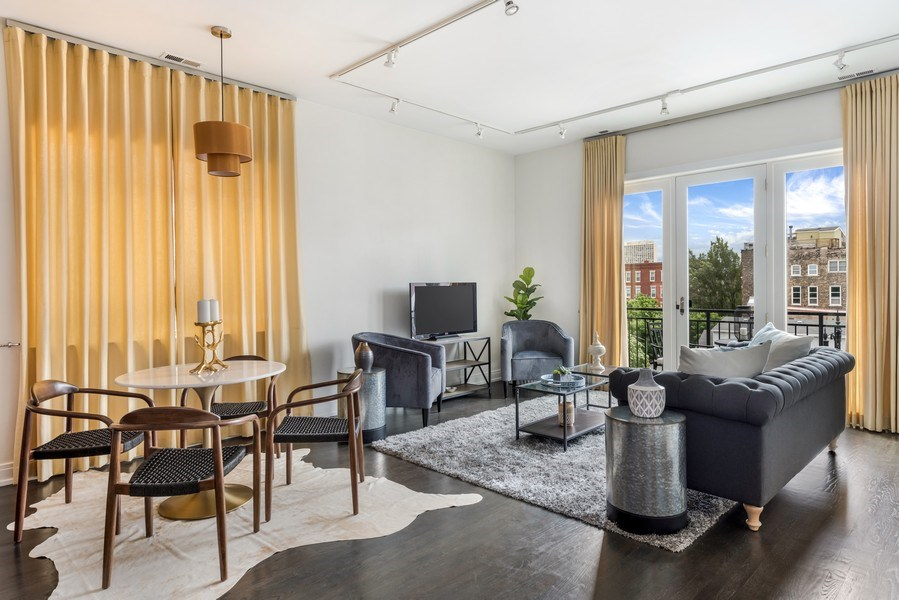 Real Estate Photography - 1708 W North Ave, C4, Chicago, IL, 60614 - Living Room / Dining Room