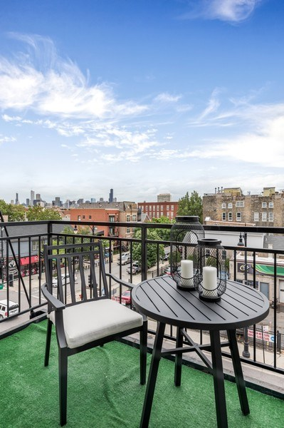 Real Estate Photography - 1708 W North Ave, C4, Chicago, IL, 60614 - Balcony