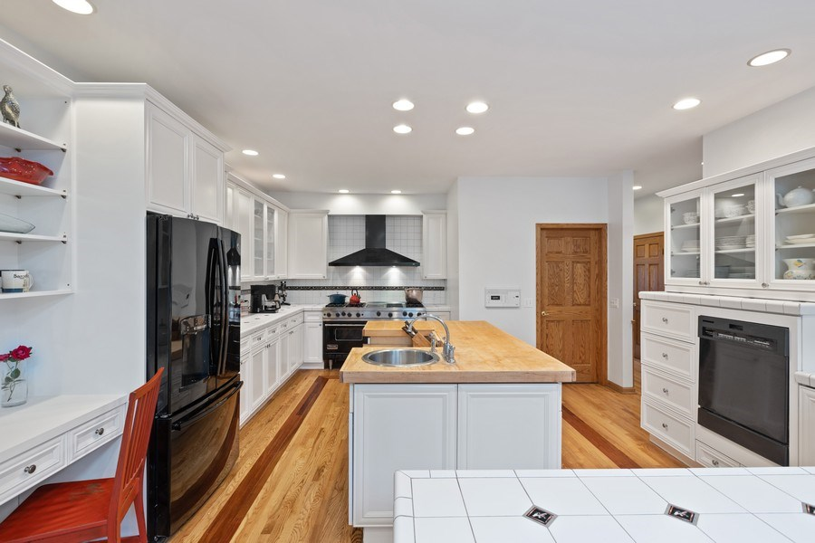 Real Estate Photography - 4545 W Berteau, Chicago, IL, 60641 - Kitchen