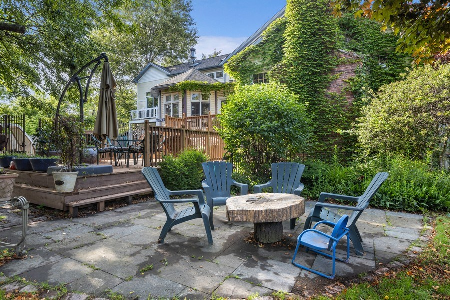 Real Estate Photography - 4545 W Berteau, Chicago, IL, 60641 - Patio