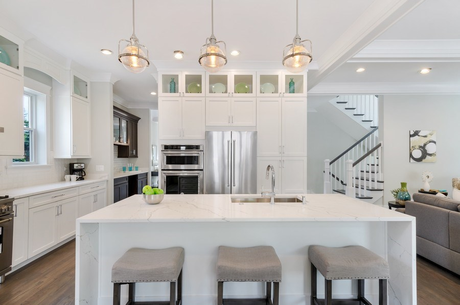 Real Estate Photography - 5822 N Kenneth, Chicago, IL, 60646 - Kitchen