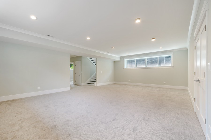 Real Estate Photography - 5822 N Kenneth, Chicago, IL, 60646 -