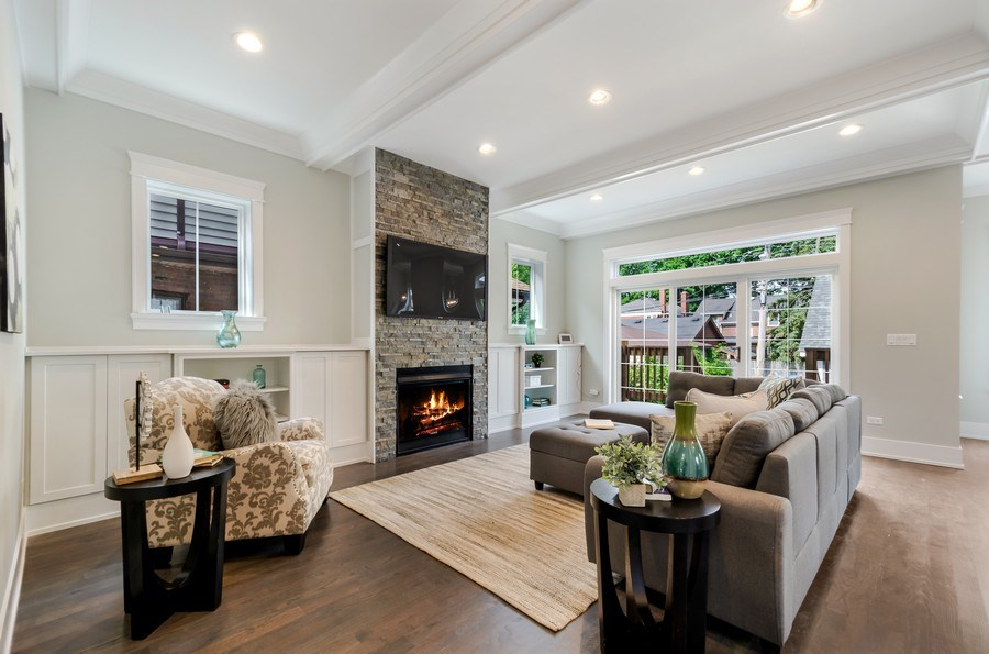 Real Estate Photography - 5822 N Kenneth, Chicago, IL, 60646 - Family Room