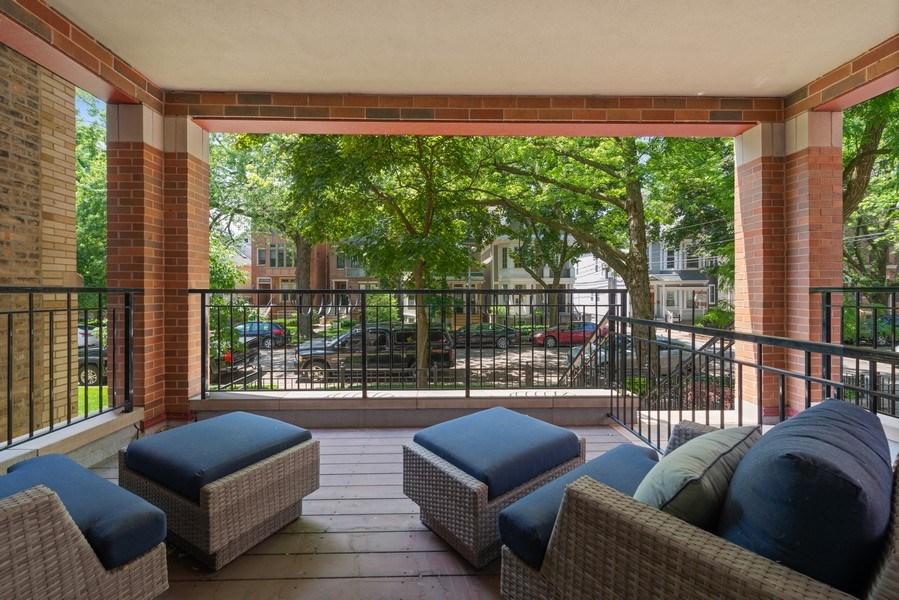 Real Estate Photography - 3841 Janssen Ave, Unit 1, Chicago, IL, 60613 - Patio
