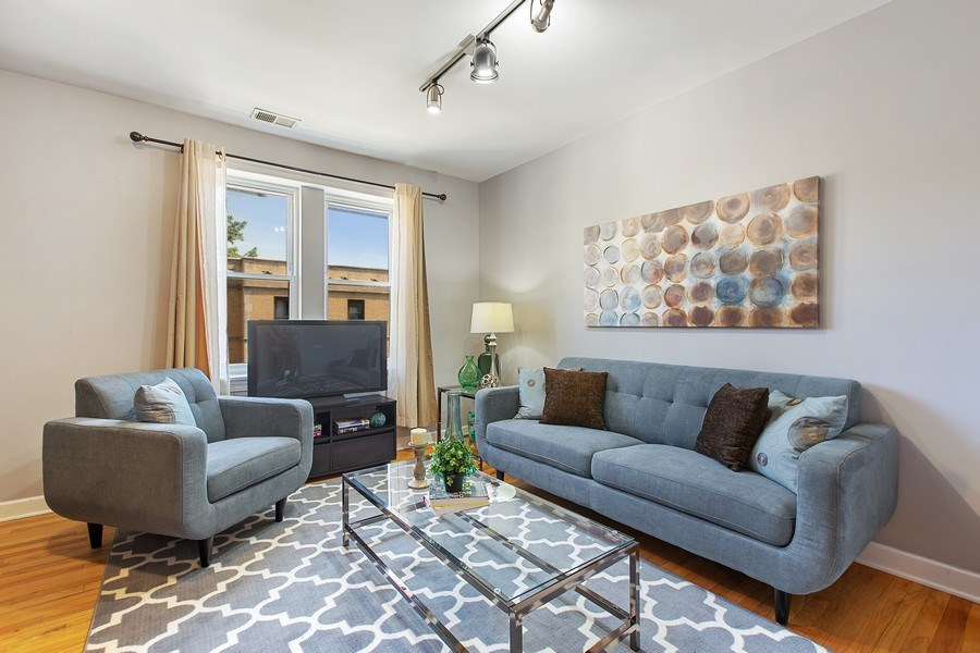 Real Estate Photography - 5148 Avers, Unit 3W, Chicago, IL, 60625 - Living Room