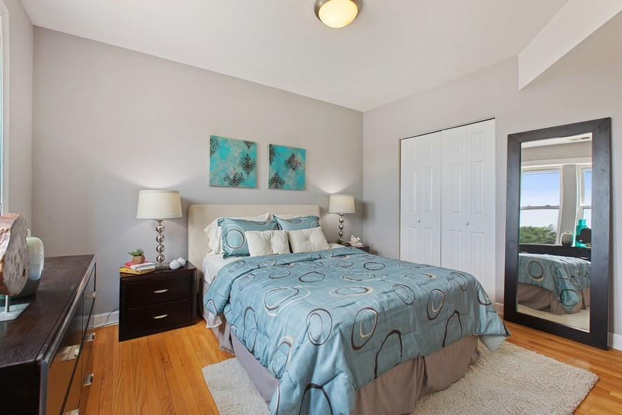Real Estate Photography - 5148 Avers, Unit 3W, Chicago, IL, 60625 - Master Bedroom