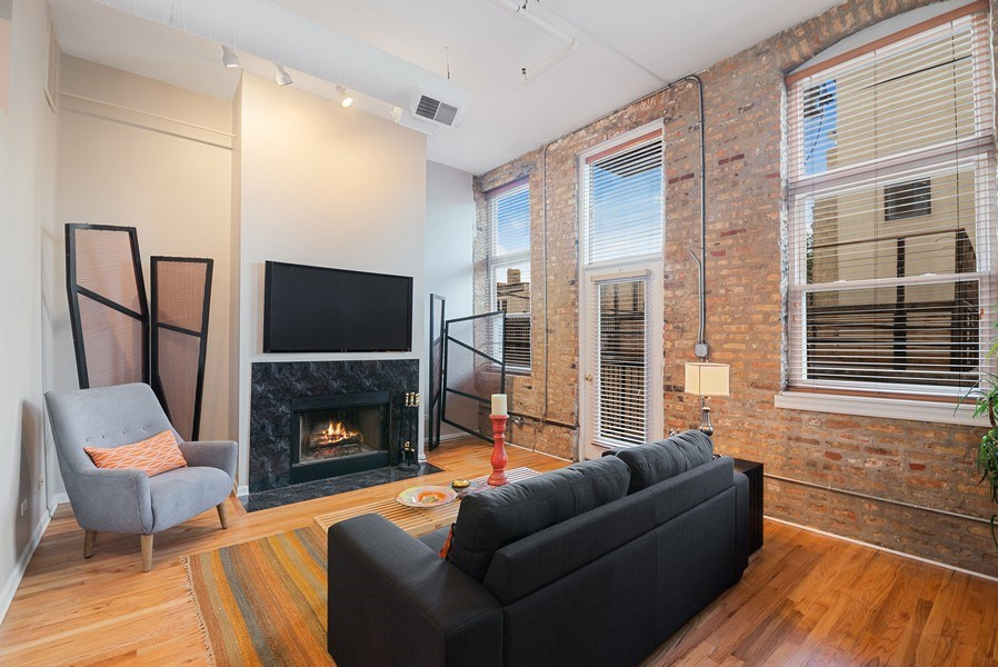 Real Estate Photography - 1907 N Milwaukee, #209, Chicago, IL, 60647 - Living Room