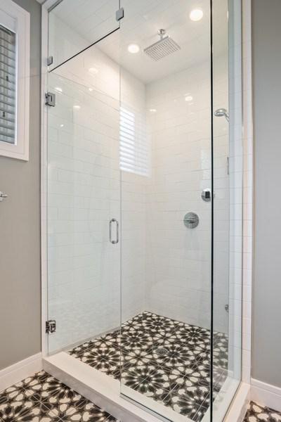 Real Estate Photography - 858 W Aldine, #2, Chicago, IL, 60657 - Master Bathroom